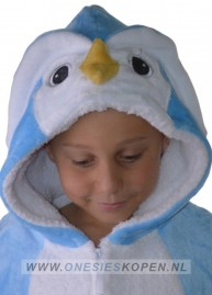 Onesie pinguin blauw kids detail